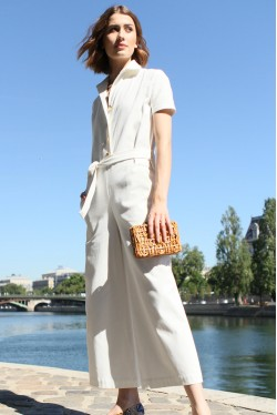White jumpsuit with short sleeves and gold buttons 4