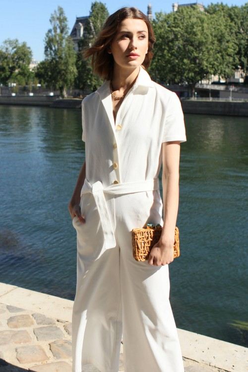 White jumpsuit with short sleeves and gold buttons 5