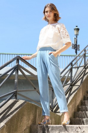 pantalon fluide avec élastique à la taille 1