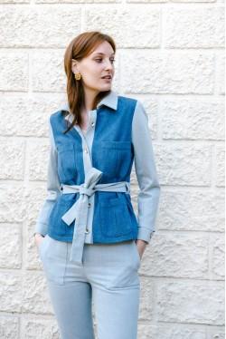 Veste en jean tendance 2021 bicolore à ceinture créée par Koshka Paris 1