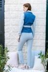 Veste en jean tendance 2021 bicolore à ceinture créée par Koshka Paris 4