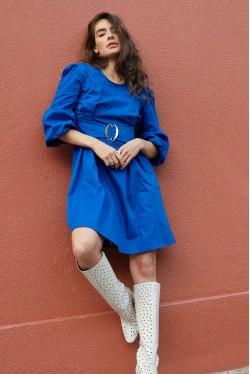 robe bleue avec ceinture intégrée 3