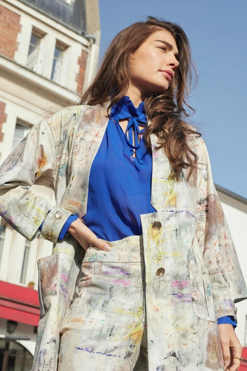 Jacket with abstract prints coming from a painting 2