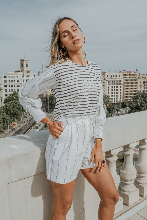 Blouse with white and blue stripes 2