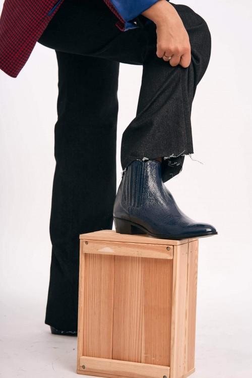 Boot en cuir vernis bleu ardoise foncé