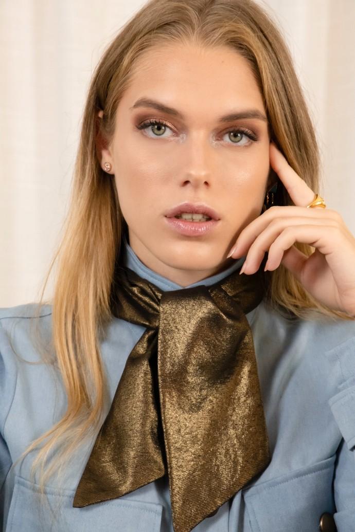 Foulard doré en soie par la marque de mode Koshka Paris