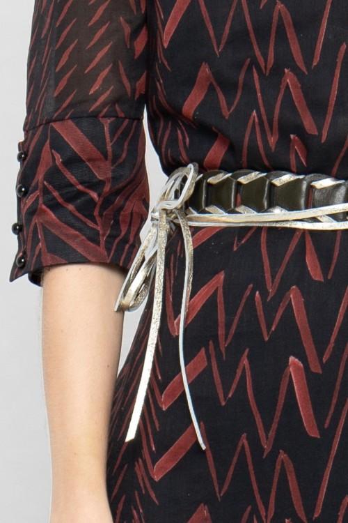 Ceinture tressée en cuir avec un fil doré par la marque de mode parisienne Koshka Paris