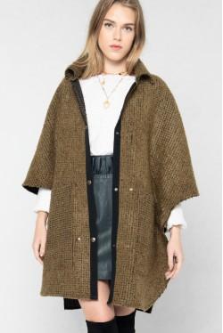 Cape en laine pour un hiver tendance créée par Koshka Paris 4