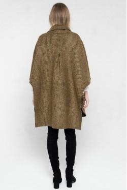 Cape en laine pour un hiver tendance créée par Koshka Paris 5