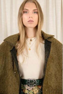Cape en laine pour un hiver tendance créée par Koshka Paris 6