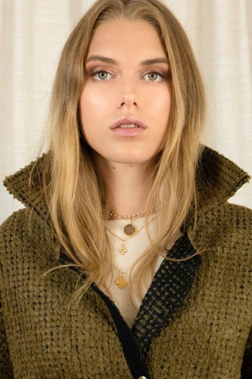 Cape en laine pour un hiver tendance créée par Koshka Paris 7