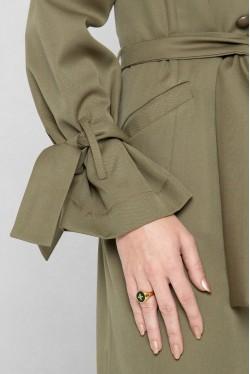 Trench-coat kaki croisé en laine à ceinture créé par Koshka Paris 3