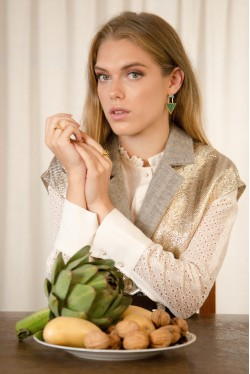 Veste blazer sans manches en laine et lurex créée par Koshka Paris 7
