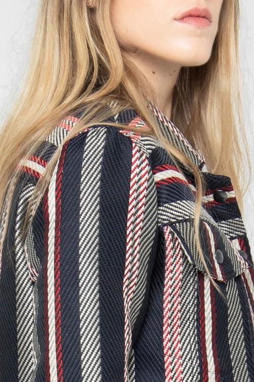 Veste courte habillée en jacquard rayé tricolore créée par Koshka Paris 2