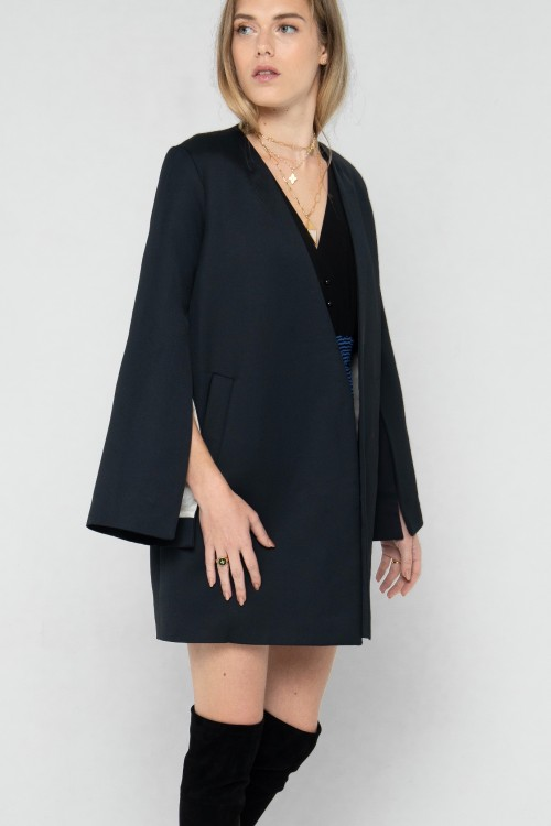 Veste Kimono en laine et soie style smoking créée par Koshka Paris 2