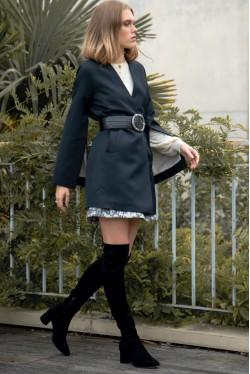 Veste Kimono en laine et soie style smoking créée par Koshka Paris 5