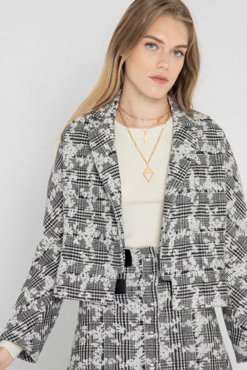 Veste tailleur en laine à carreaux et fleurs créée par Koshka Paris 3
